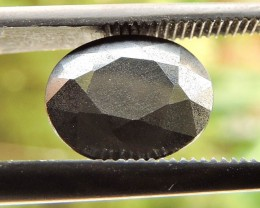 3.65ct HEMATITE OVAL FACETED SPECIMEN GEMSTONE FROM TANZANIA