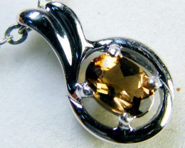 CONGAC TOPAZ  SET IN 14 K GOLD PENDANT    MY304