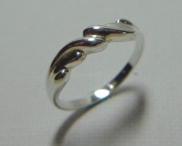 Australian Made 925 Stirling Silver 1.73gm Dress Ring