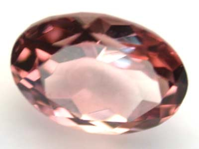 NATURAL CLEAR TOURMALINE OVAL CUT  0.95 CARATS RO 1654