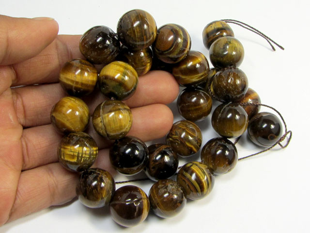 545 CTS 15 MM   CHUNKY TIGER EYE STRAND     RT 2690